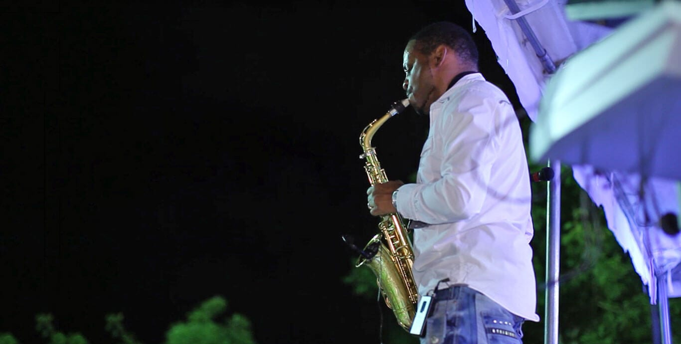 Jackiem Joyner playing at Brevard Zoo JazZoo